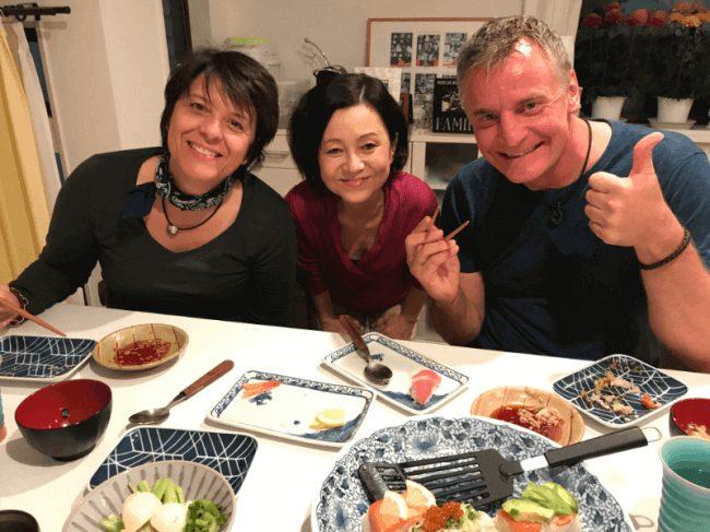 日本食を教える「airKitchen」が主婦の副業として話題に