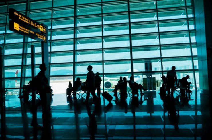 国内空港初、東南アジア向けモバイル決済「VIA」を導入